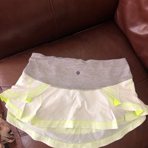 Lululemon ruffle skirt